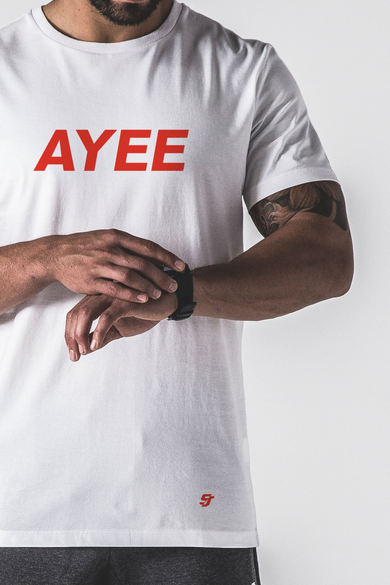 SJ Ayee Tee - White / Red
