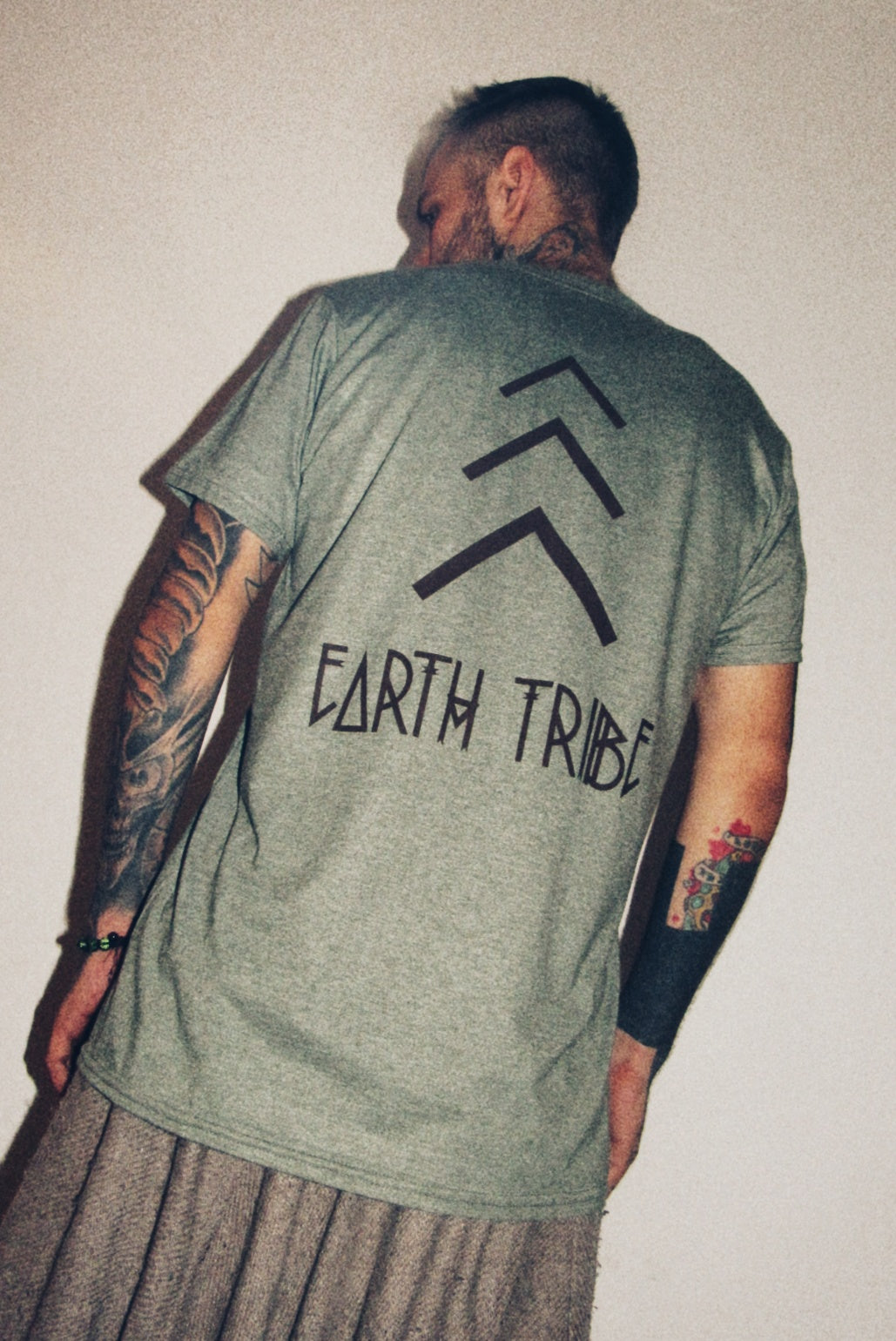 EARTH TRIBE RESILIENCE TEE