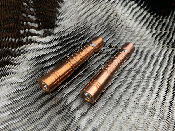 ReyLight Copper AAA/10440 Kit + Battery + Smart Charger - CountyComm