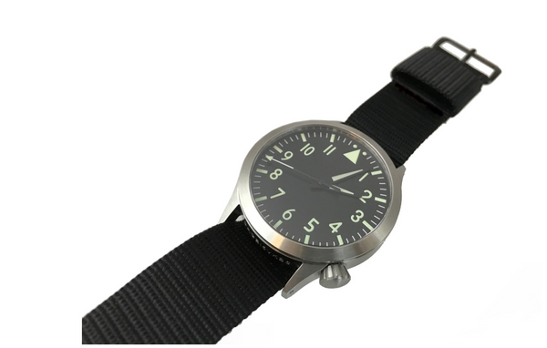Large Swiss Quartz Pilot Watch - Central Second by Maratac™