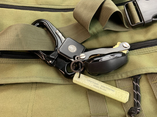 Kong Tango Carabiner With Double Gate Keylock System - CountyComm