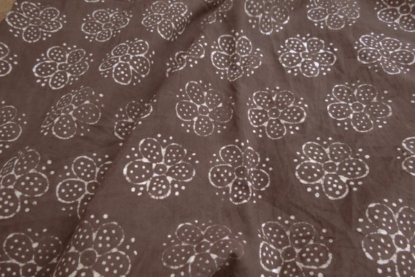 Chocolate Daisies - Block Print | Cotton