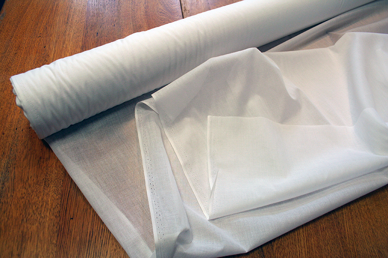 Fusible Light-weight Weaveline Interfacing | Vilene VL2218.W20