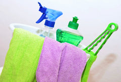 How to Keep Your Bathroom Clean with Non-Toxic Solutions
