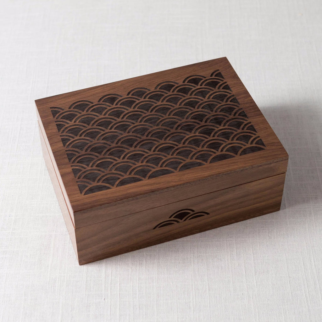 Scallop Wooden Box Cardtorial - Cork Collection