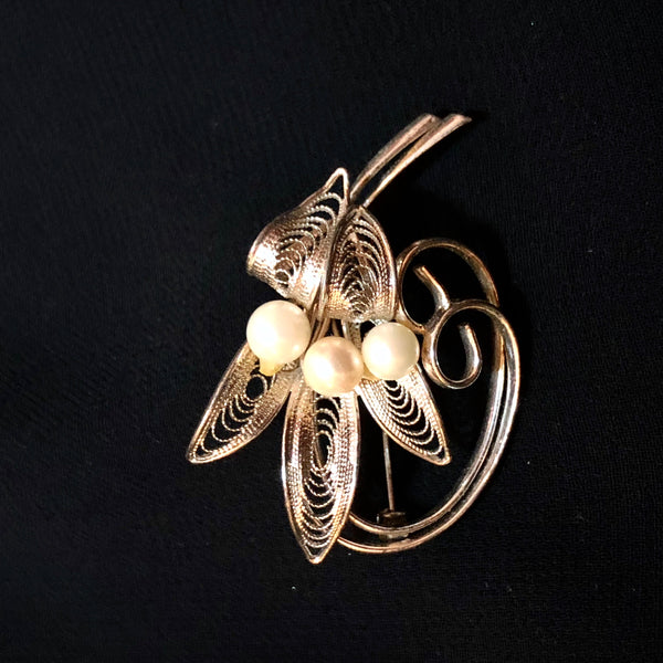 Pearl Filigree Flower Brooch