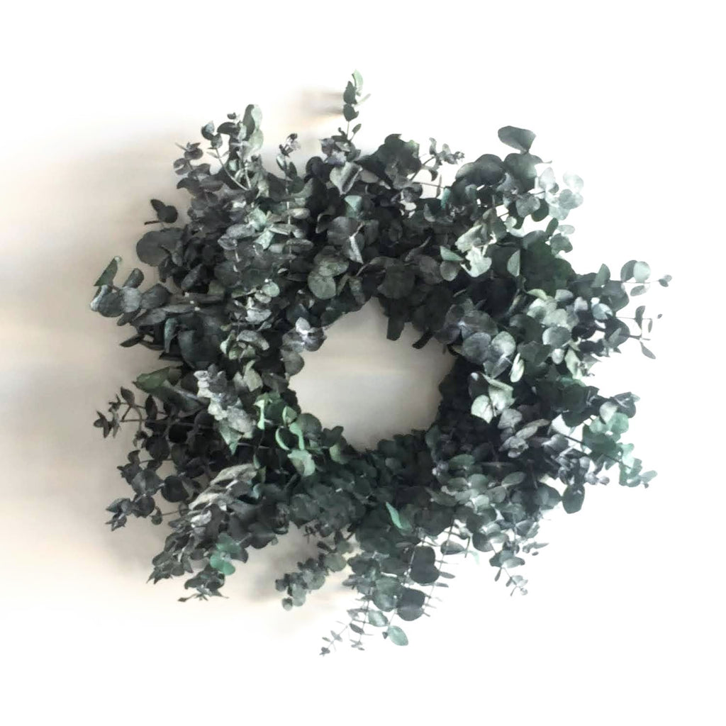 Frosted Eucalyptus Wreath | Club Botanic | Frosted White Eucalyptus Wreath | Eucalyptus Wreath Frosted White | Dyed White Eucalyptus Wreath | Eucalyptus Wreath Dyed White | Preserved Eucalyptus Wreath Frosted White