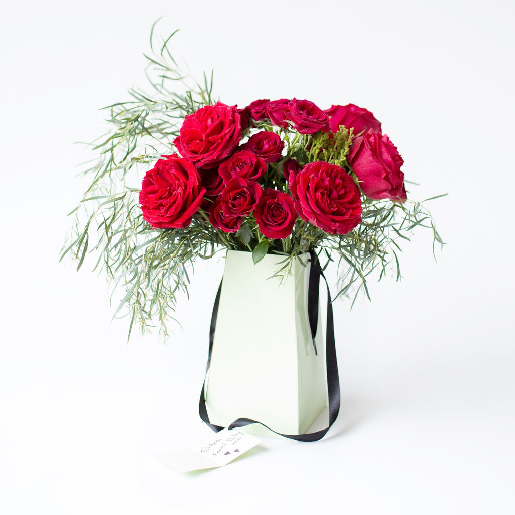 Send Red Roses | A Dozen Roses | Send Roses | Red Spray Rose