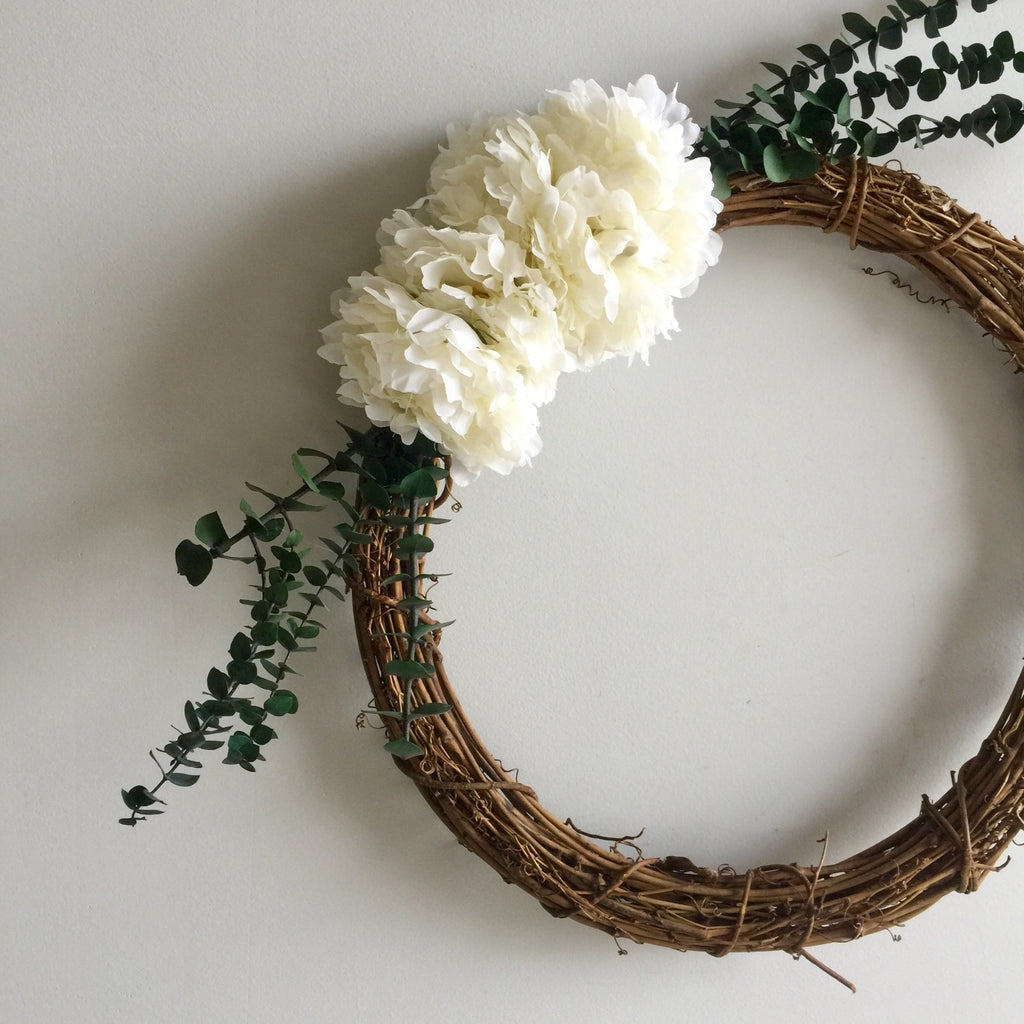Silk White Peony and Grapevine Wreath | Grapevine Wreath with Artificial Peonies White | White Peonies on Grapevine Wreath with Preserved Baby Eucalyptus