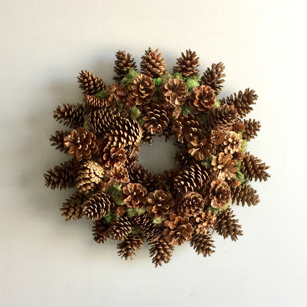Pinecone Wreath for Christmas | Natural Pinecone Wreath | Pinecone and Moss Wreath | Holiday Wreath Pinecones