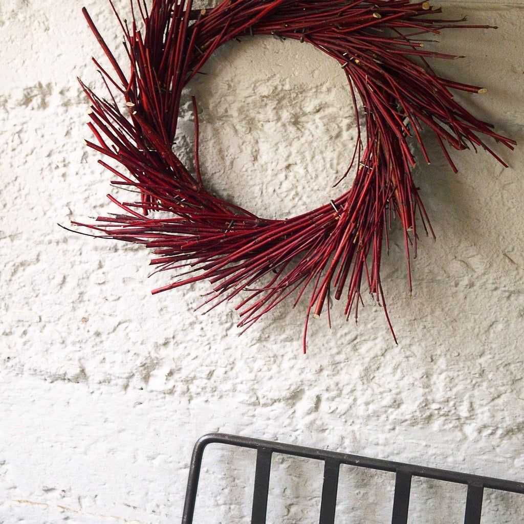 Red Dogwood Wreath - Club Botanic