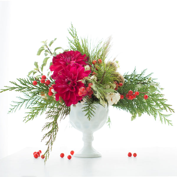 Bouquet Club | Flower Club | Flower Subscription Service | Flower Service | Red Carnations | Red Dianthus | Christmas Flower Arrangement
