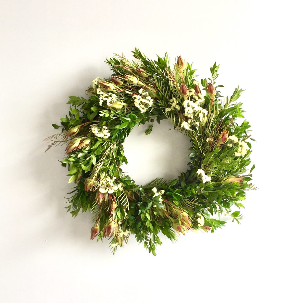 Wreath Subscription Box | Seasonal Wreath Service | Seasonal Wreath Club | Club Botanic | Boxwood Wreath | Yellow Wreath