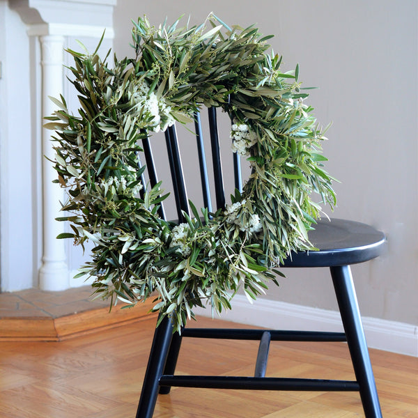 White Statice and Olive Wreath | Club Botanic | Statice Wreath for Fall | Wreath Statice | Wreath Olive | Fresh Olive Wreath | Fresh White Statice Wreath