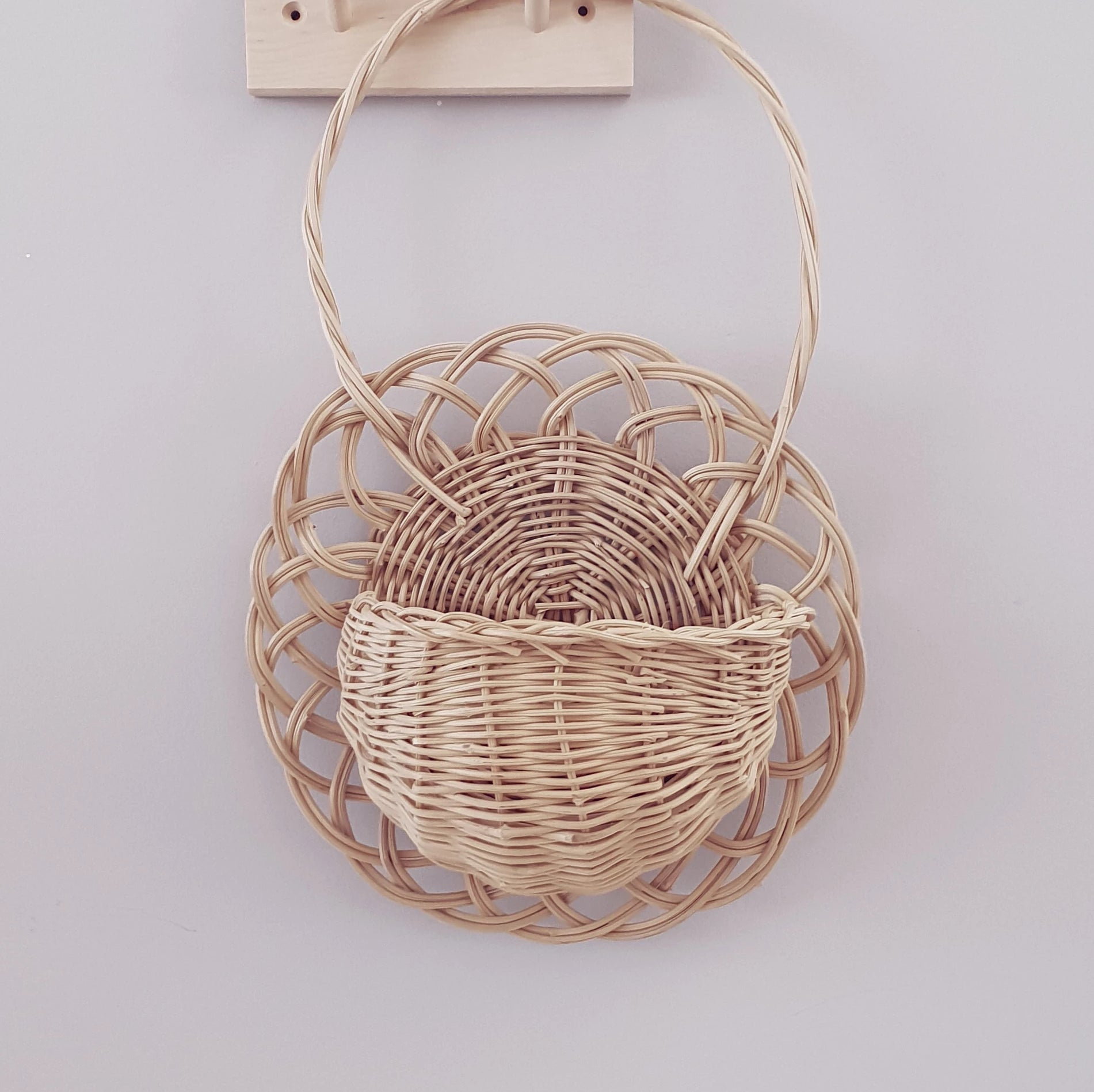 wicker wall basket