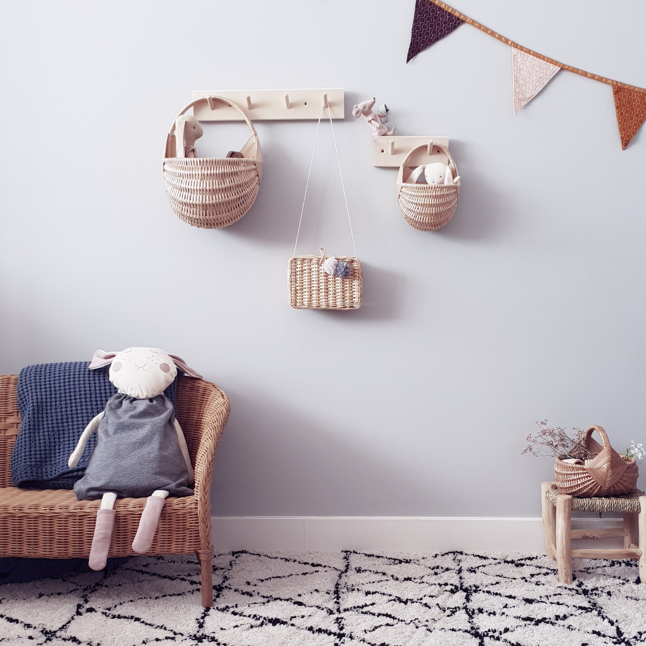 Wall Wicker Basket Medium