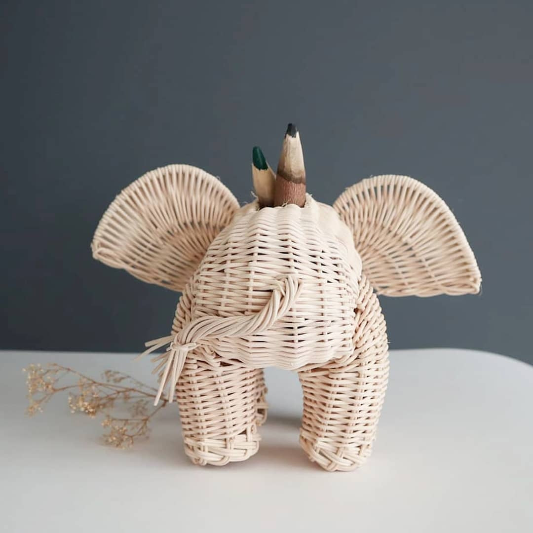 elephant pencil holder in wikcer made in mexico