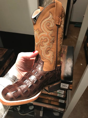 Old West Brown Alligator