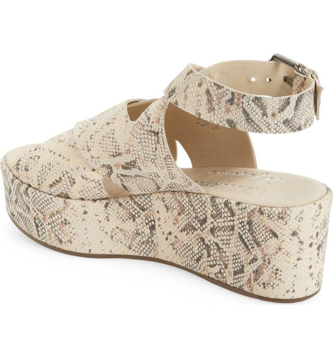 d8e25e51840 ... Natural Snake  Amuse Society by Matisse Women s