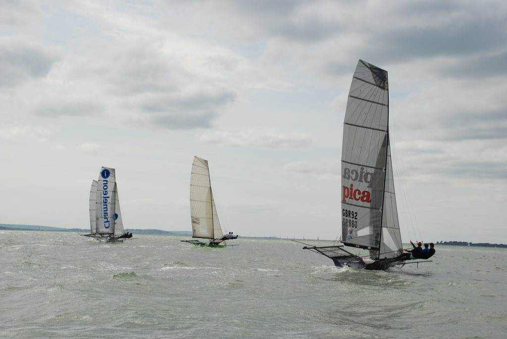 TeamO Sponsors UK 18ft Skiff Series