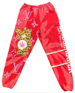 V DAY CHAMPION SWEATS