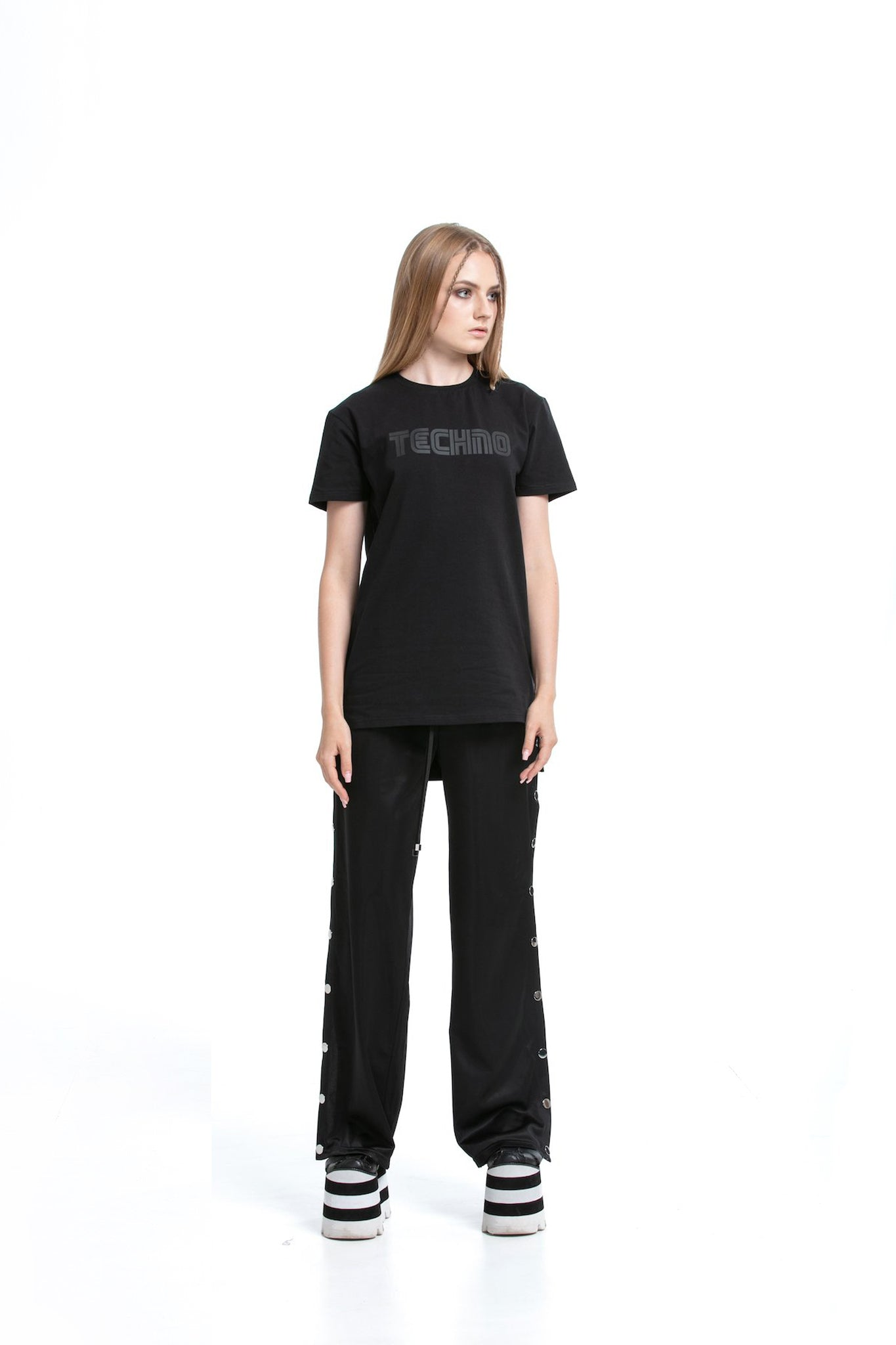80's Techno [Black] - regular fit T-shirt with side cuts
