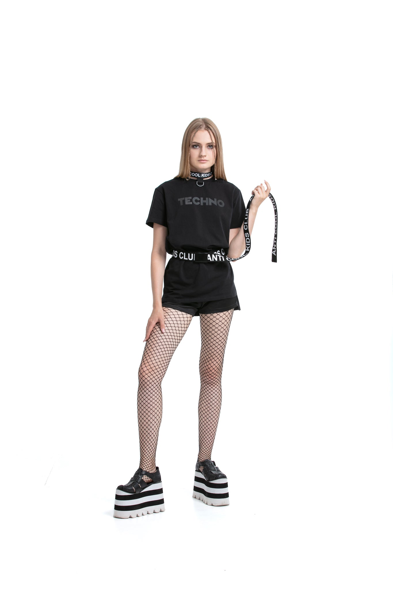 Matte Techno - regular fit T-shirt with side cuts