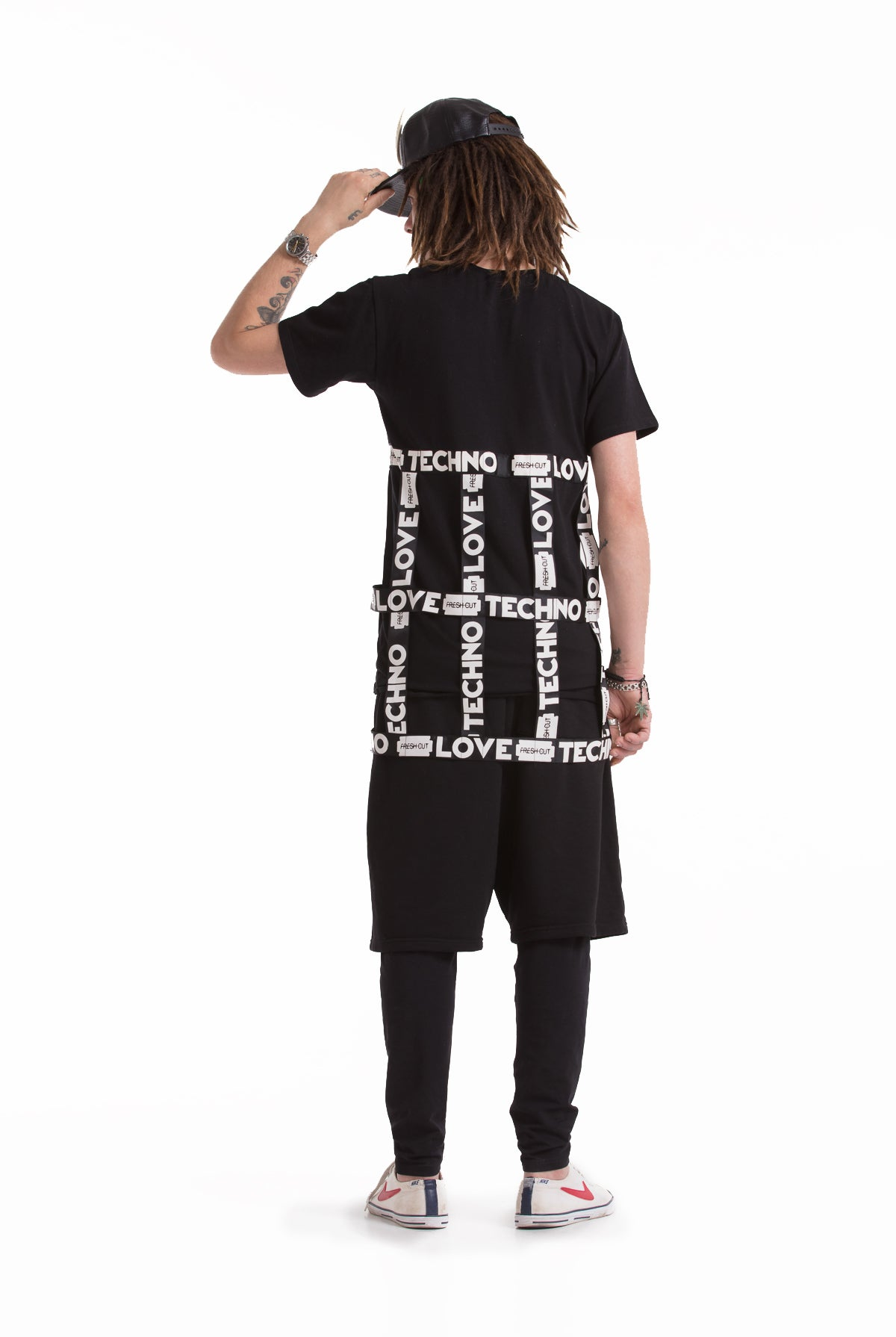 Love Techno caged longfit T-shirt.
