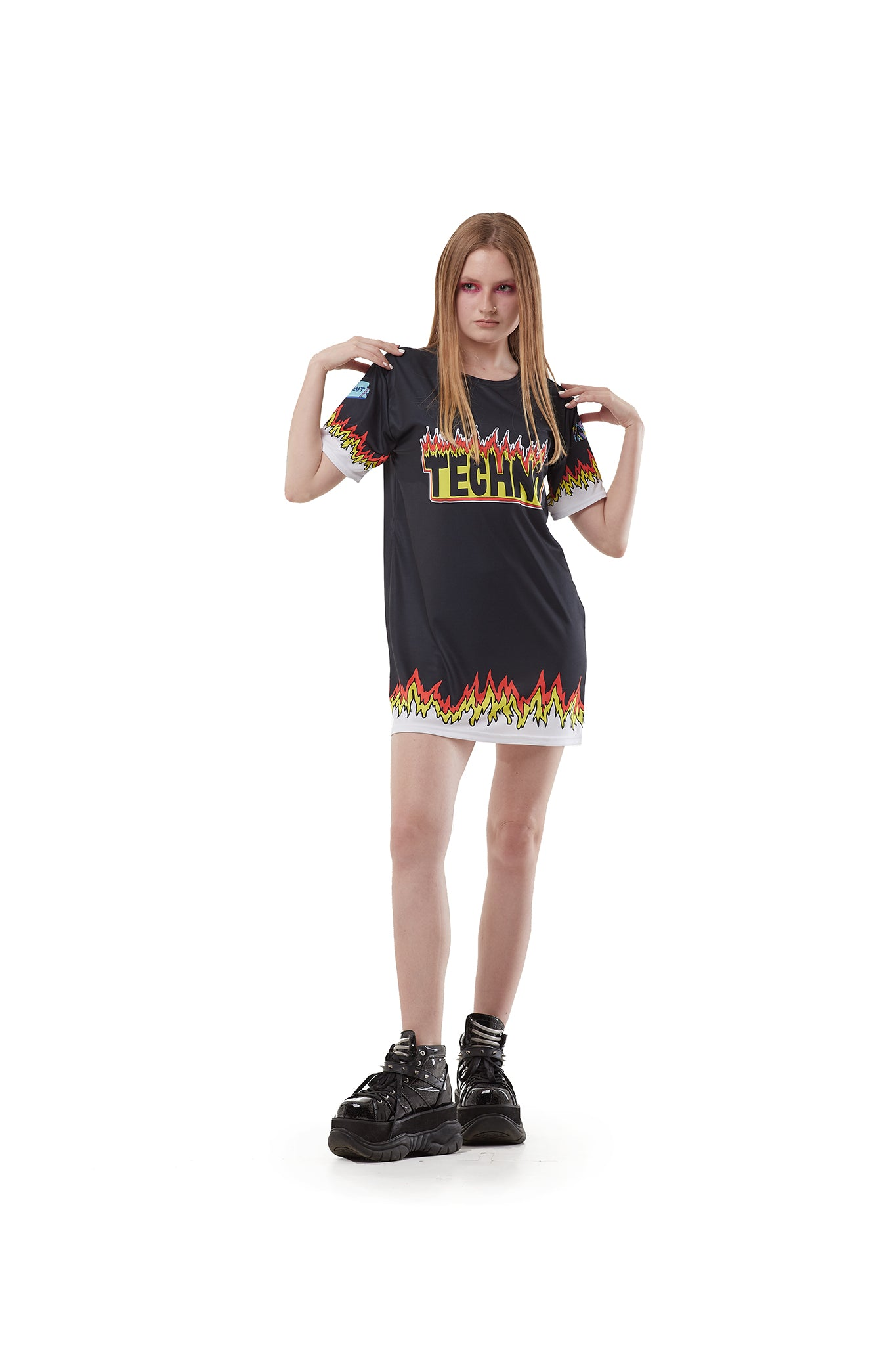 Fire Techno - oversized T-shirt