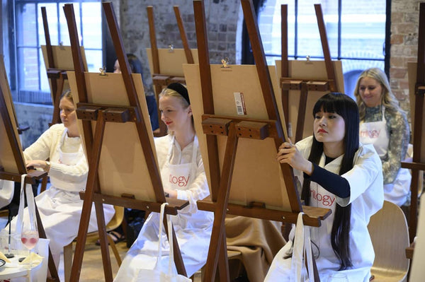 Life Drawing with Trilogy and Sydney Artist A little bite by Grace