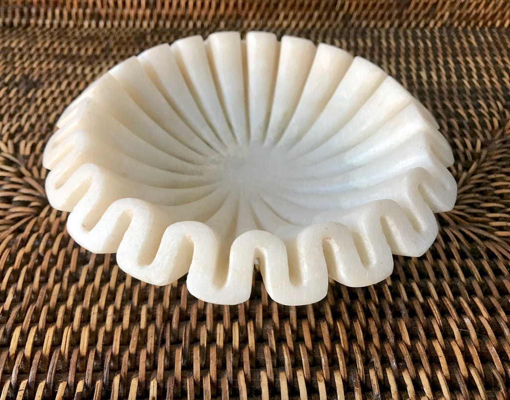 Specialty Marble Ruffle Bowl In Small