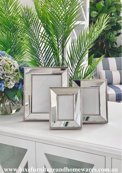 Luxury Silver Mirrored Photo Frame - Three Sizes Available