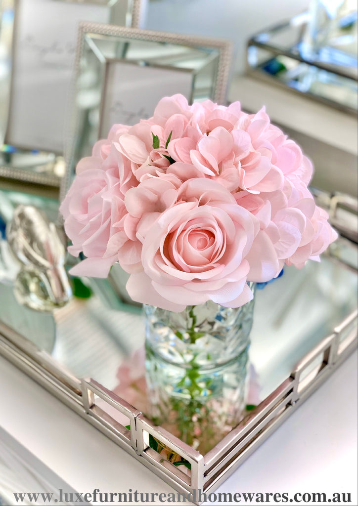 Côte Noire Blush Roses & Hydrangeas In Clear Herringbone Glass