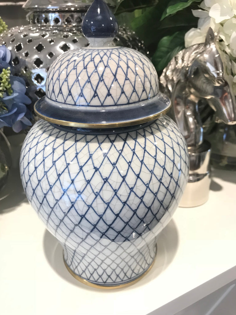 Blue & White Ginger Jar In Crossed Pattern With Gold Trim
