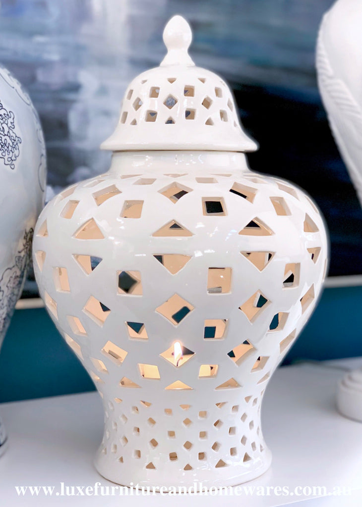 Hamptons Style Geometric Temple Jar - Small In White