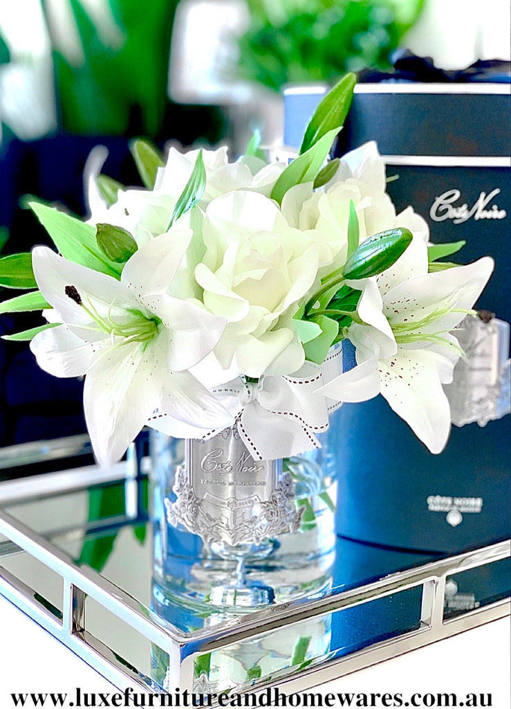 Côte Noire Luxury Grand Perfumed Natural Touch White Roses & Lillies In Clear Glass