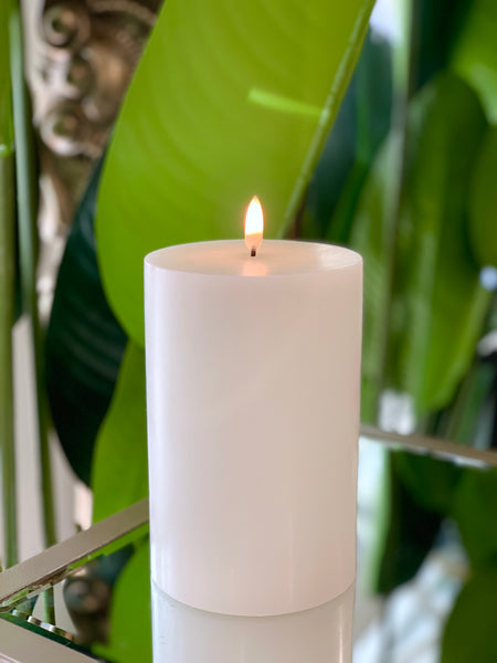 Nordic White Flameless Candle LUX Signature Collection In Medium (Extra Wide)