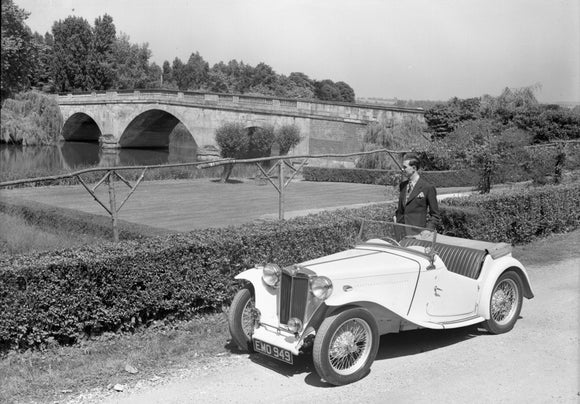 MG TC Shillingford Bridge 1949