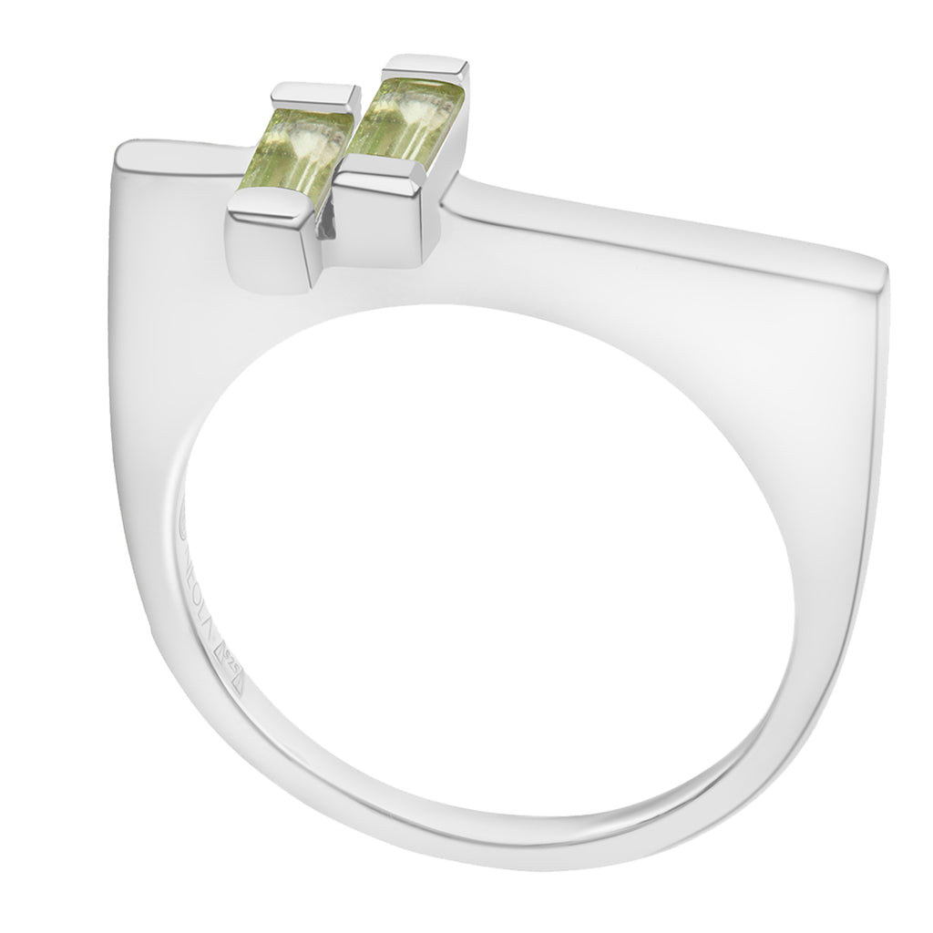 sterling silver anais ring with peridot gemstones. Fine British jewellery ethically handmade
