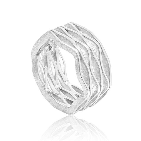 Onda Wide Sterling Silver Ring with Organic Design