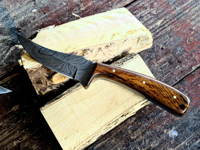 Coffee Wood, Alamo Trees, Full Grain Leather and Damascus Steel