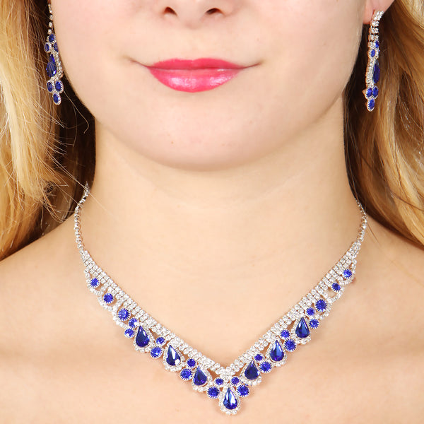 Blue rhinestone statement necklace set