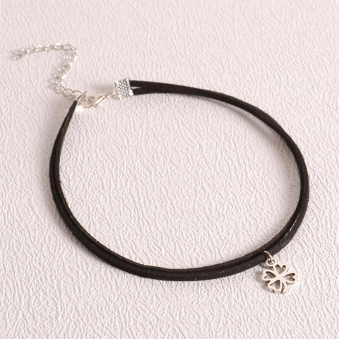Clover Choker Necklace