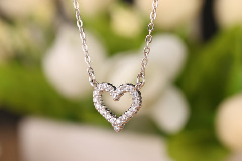 Crystal Heart Silver Chain Pendant