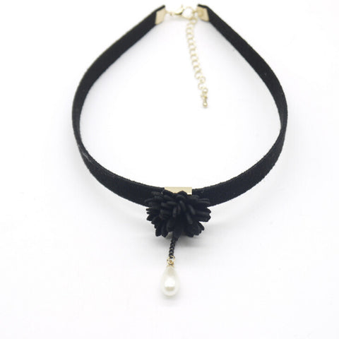 Pearl Flower Choker Necklace