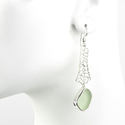 Oceano Sea-Glass-earring in sea foam green