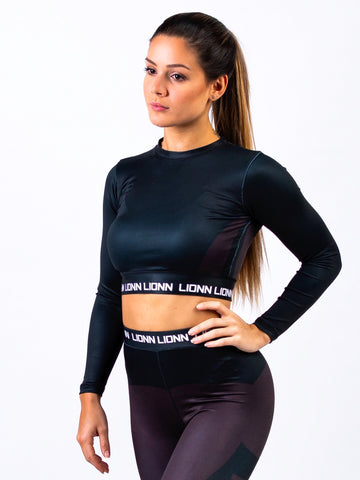 Lionn Contour Cropped Long Sleeve Black