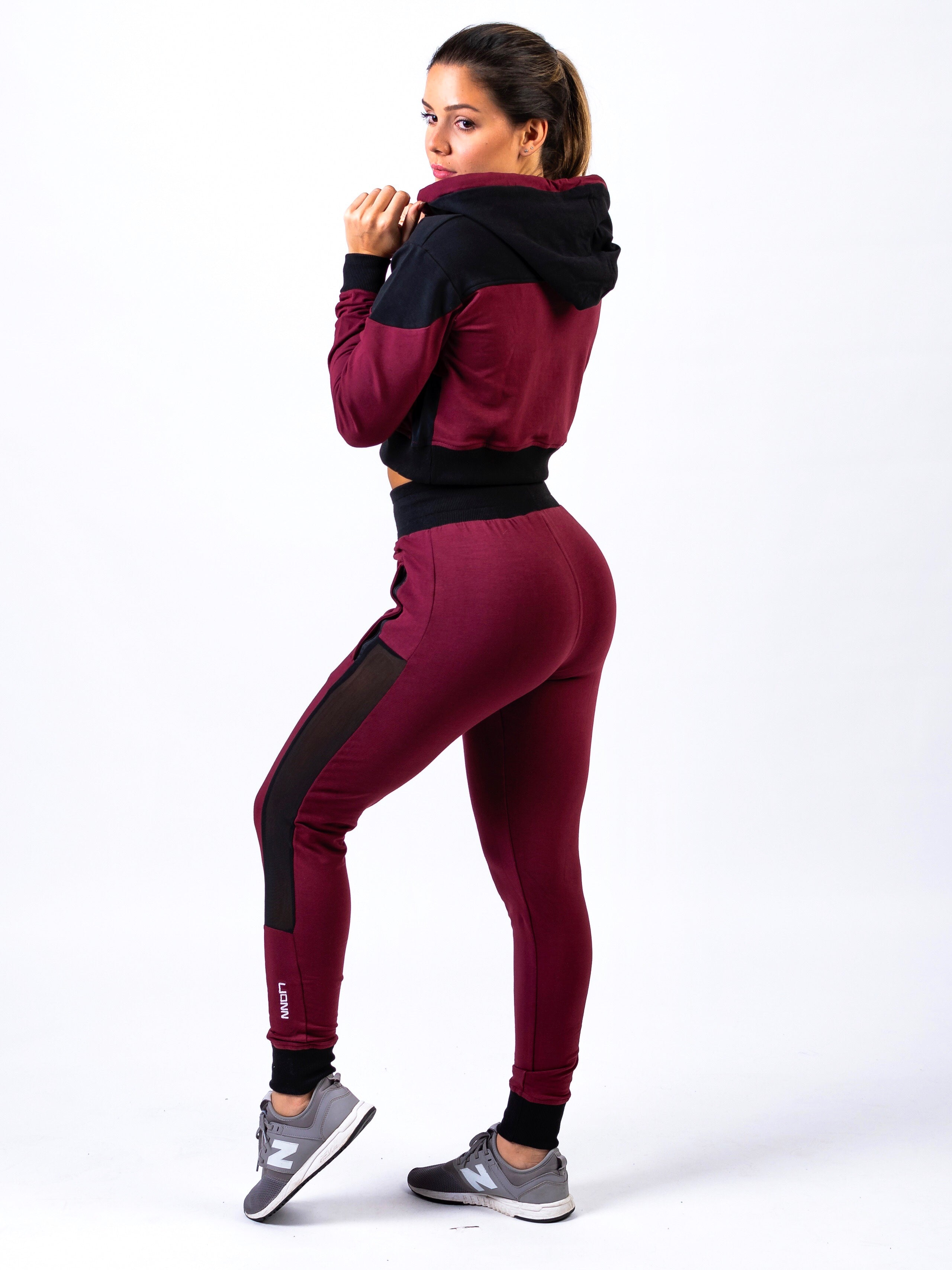 Lionn Contrast Cropped Hoodie Maroon and Black