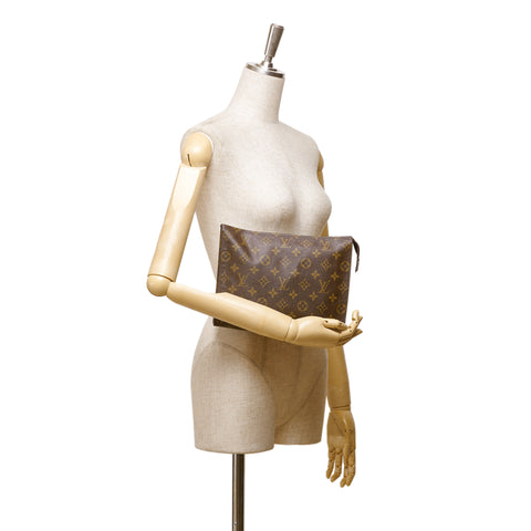 LOUIS VUITTON MONOGRAM TOILETRY POUCH 26 Shop the best value on authentic designer resale consignment on Leef Luxury.