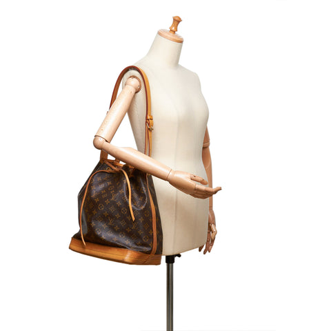 LOUIS VUITTON MONOGRAM NOE BUCKET BAG - leefluxury.com